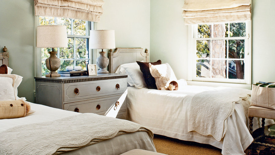 Guest Room Ideas For The Holidays