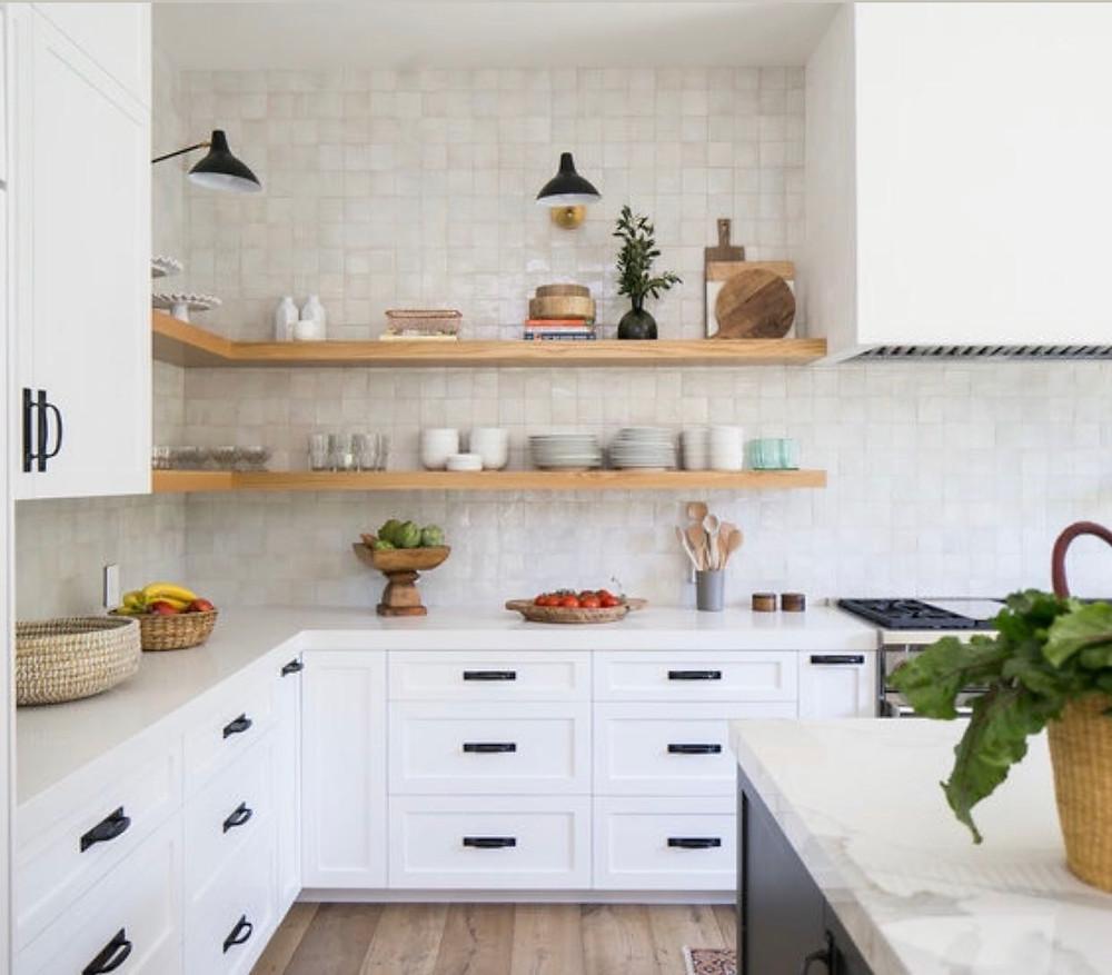 kitchen backsplash with bedrosians