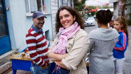 Abbildung 1 - Bettany Hughes in Istanbul, Bild aus ihrer Website