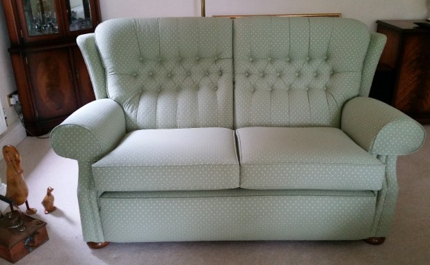 how much does it cost to reupholster a 3 seater sofa uk. Black Bedroom Furniture Sets. Home Design Ideas