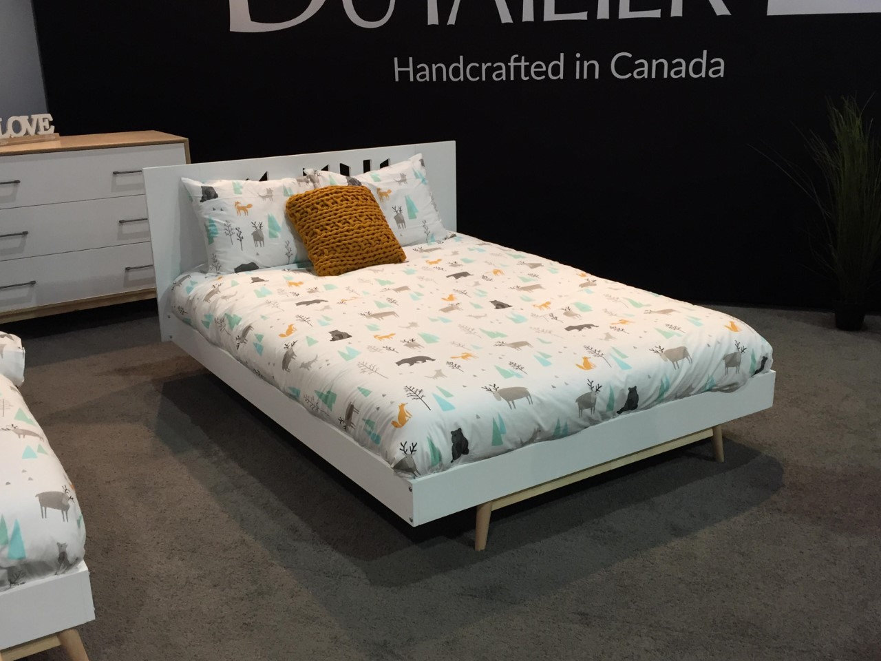 dutailier lollipop double full bed