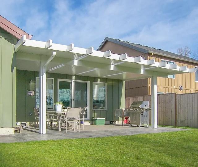 alumawood patio cover with skylights