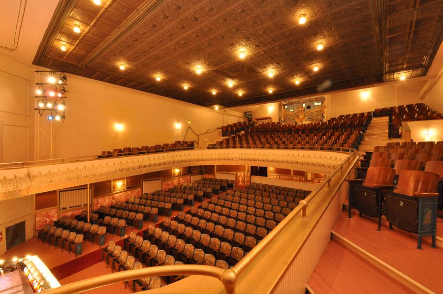 Live Theatre At Larcom Theatre Beverly Ma