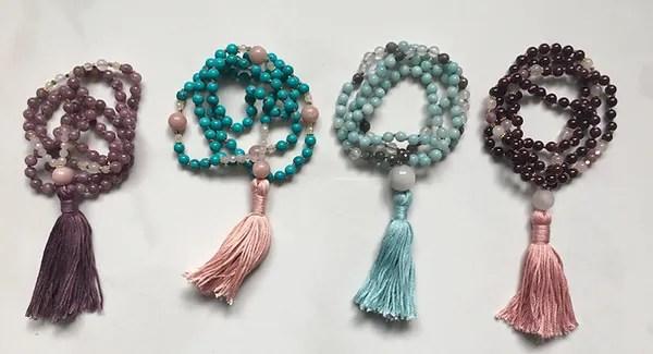 Pure Bliss mala - où acheter de jolis malas (colleirs et bracelets faits main)?
