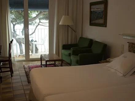 Llavent Hotel