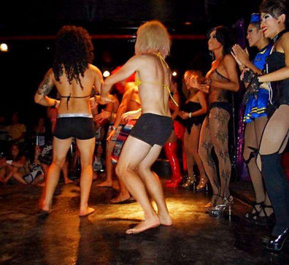 Koh Tao Pub Crawl- Buckets & Lady Boys