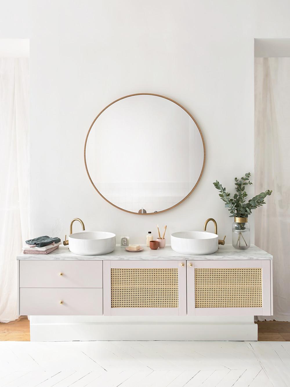 meubles de salle de bain suspendus