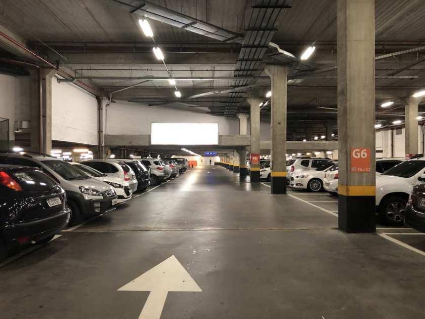 Estacionamento tiete plaza shopping vagas