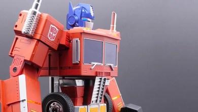 Hasbro Unveils Massive Self-Transforming Optimus Prime