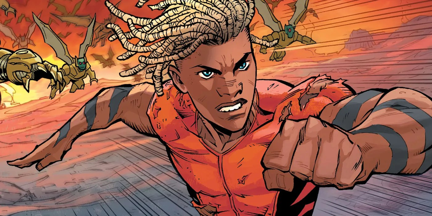The new Aquaman runs from parademons.