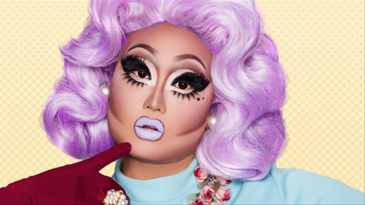 bob.the.drag.queen.suspiciously.large.woman.2017