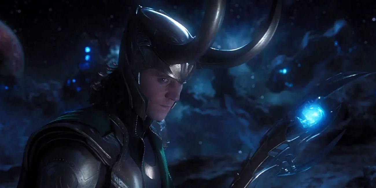 https://i2.wp.com/static0.srcdn.com/wordpress/wp-content/uploads/2018/12/Loki-in-The-Avengers-with-Scepter.jpg?ssl=1