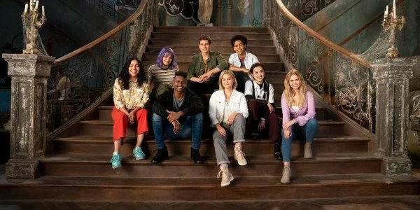 Marvel's RUNAWAYS Series Will Officially Be Crossing Over with CLOAK