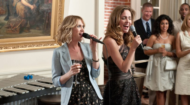 The Art of the Wedding Toast   The New York Times In    Bridesmaids     Kristen Wiig  left  and Rose Byrne set the bar low for  how to offer a toast to the bride or bridegroom  Credit Suzanne  Hanover Universal