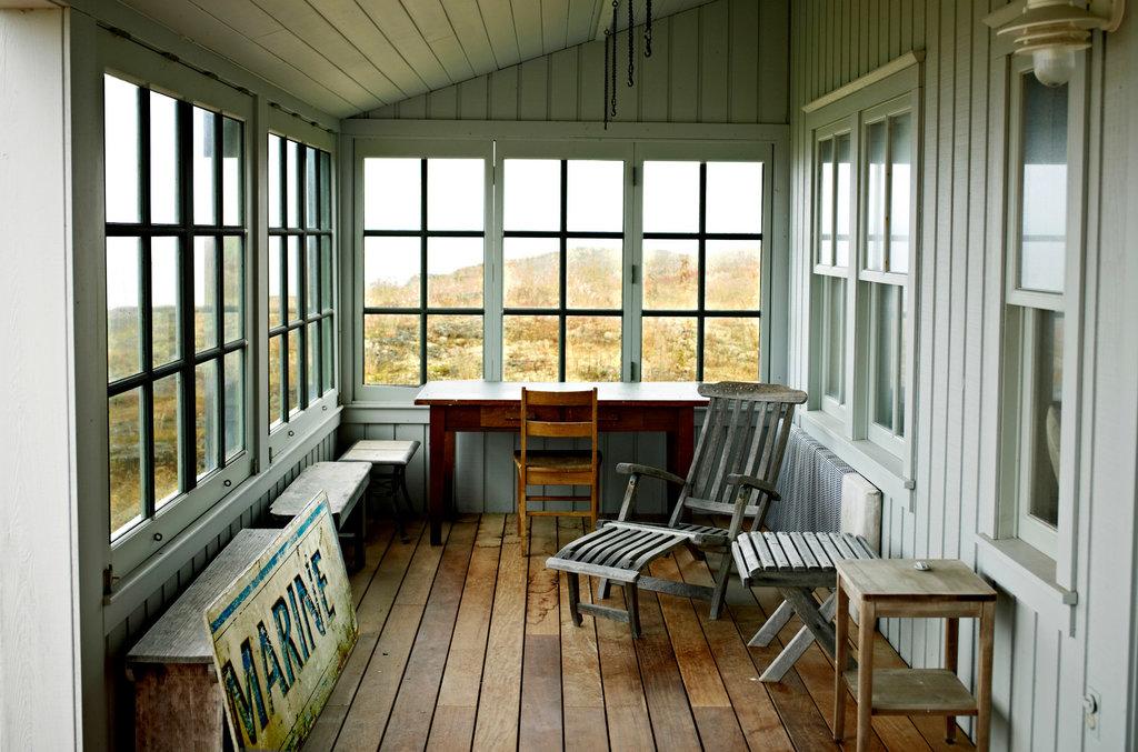 Enclosed Front Porch Designs