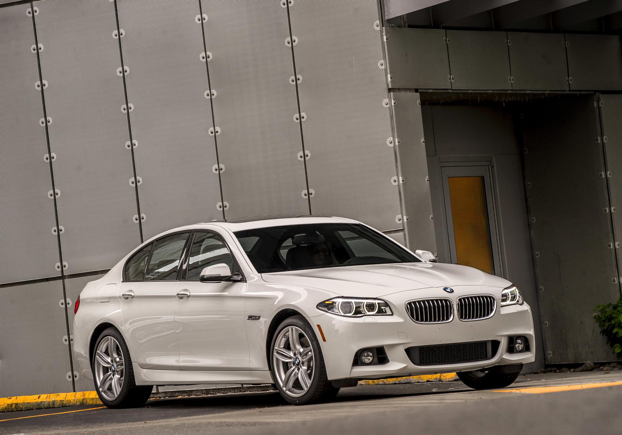 white 2014 BMW 535d