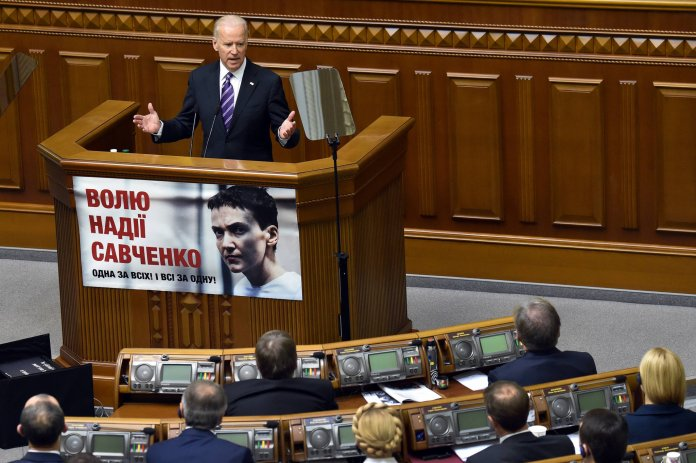 In Ukraine, Joe Biden Pushes a Message of Democracy - The New York Times