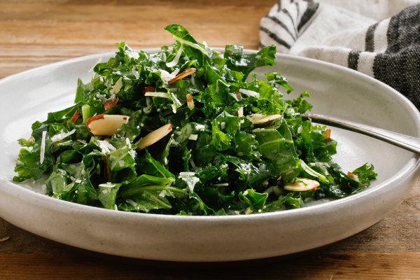 Lemon-Garlic Kale Salad