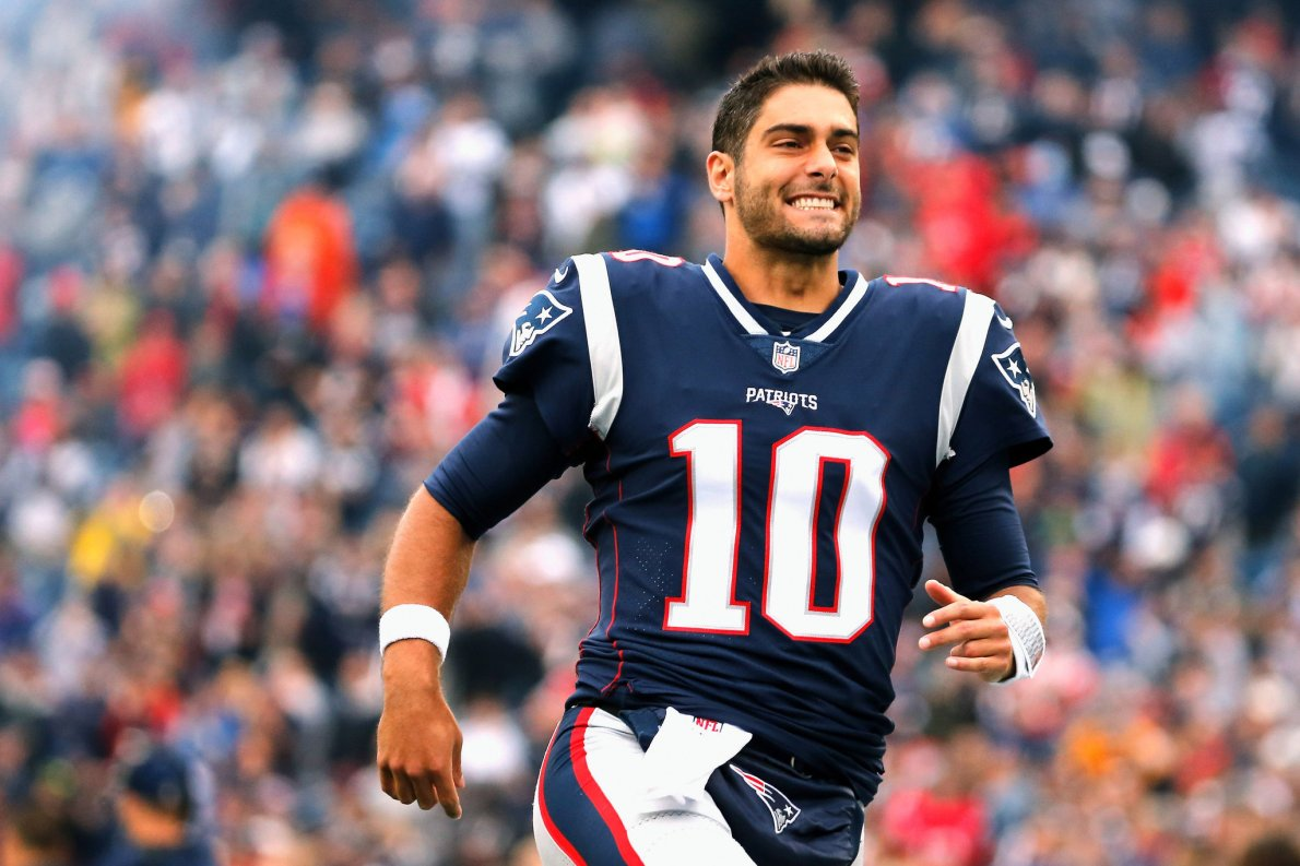 Patriots Trade Quarterback Jimmy Garoppolo to the 49ers - The New York Times