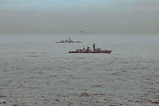 27Britain master315 - Royal Navy Escorts Russian Warship Near U.Ok.