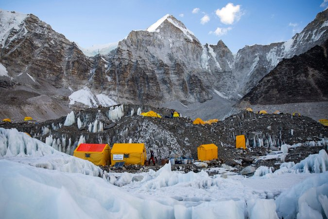 00everest 2 master675 - How Tall Is Mount Everest? For Nepal, It's a Touchy Question.