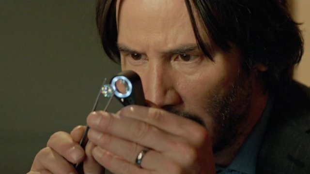 Review: Keanu Reeves, Selling Ice in a Dull 'Siberia' - The New York Times