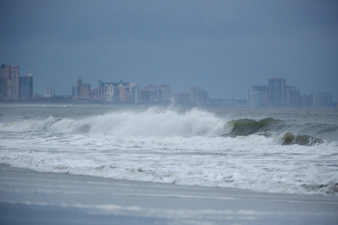 Wind and Rain Begin Battering North Carolina   The New York Times Rough surf in Myrtle Beach  S C   on Thursday morning  ahead of the arrival  of Hurricane Florence  Credit Luke Sharrett for The New York Times