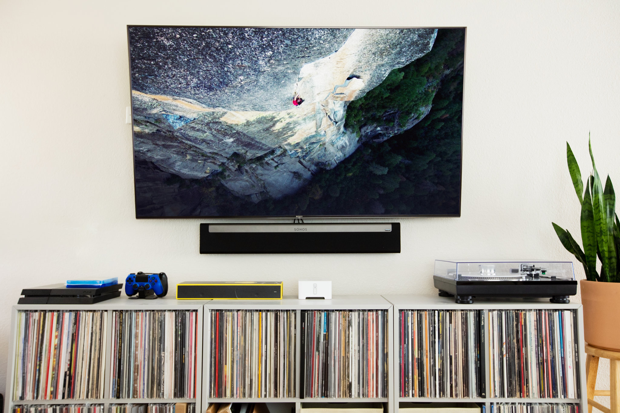 how to mount a tv without making a mess