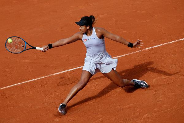 2019 French Open Naomi Osaka And Simona Halep Survive2019 French Open Naomi Osaka And Simona Halep Survive