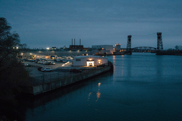 Ford's Chicago Assembly Plant is located along the Calumet River.