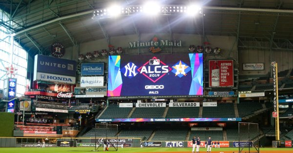 Yankees Lead Astros 1-0 in Game 1: Live Score and Updates