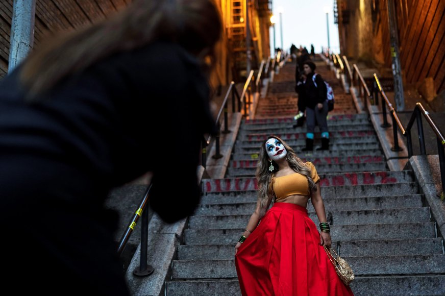 Joker Stairs Become A Bronx Tourist Draw Hope You Re In Shape The New York Times