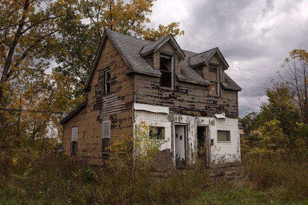 An abandoned home on Detroit's east side, 2017.