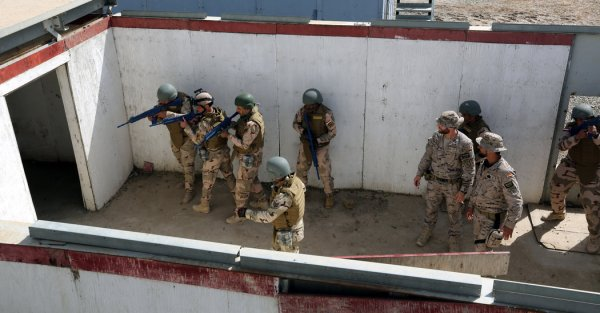 Some NATO Troops Begin Leaving Iraq