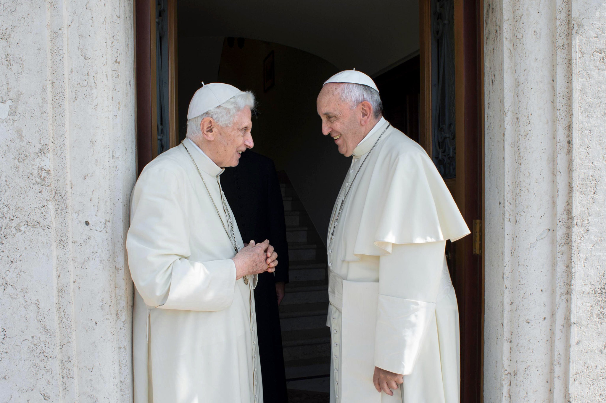 Francis Considers Celibacy Controversy With Benedict 'closed' – Report