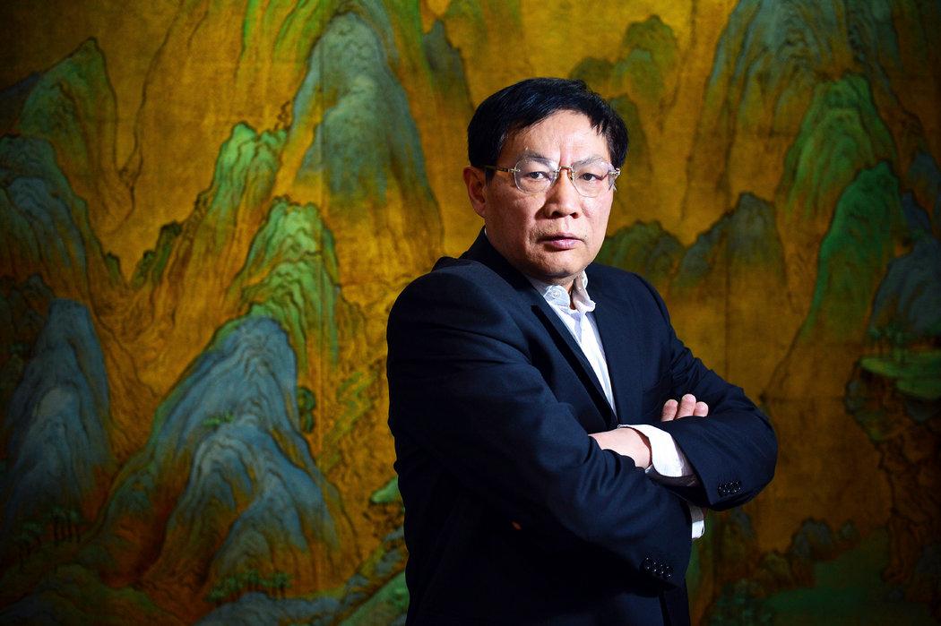 """2012年的任志强。他最近称中国领导人习近平是""""一位剥光了衣服也要坚持当皇帝的小丑""""。"""