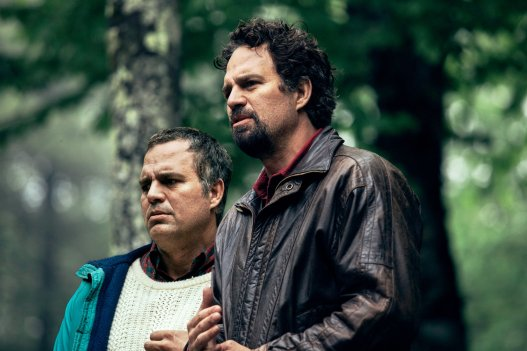 In 'I Know This Much Is True,' Mark Ruffalo Fights (and Comforts) Himself -  The New York Times