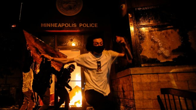 Protests Continue to Rage After Death of George Floyd - The New ...