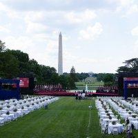Coronavirus: Un cuarto más moderado, pero Trump avanza con D.C. Evento