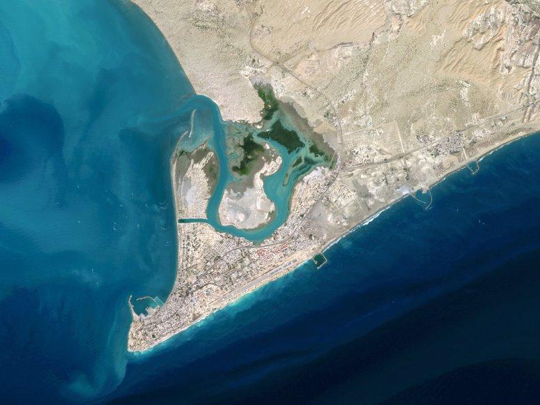 位于波斯湾入口的贾斯克港将为中国在这个世界大部分石油运输需经过的水域提供战略优势。
