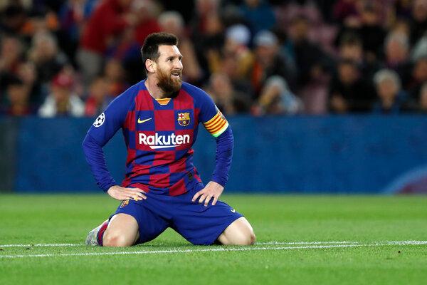 La temporada del Barcelona terminó con una humillante derrota 8-2 contra el Bayern Munich durante los cuartos de final de la Liga de Campeones.