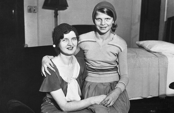 Nan Britton with her daughter, Elizabeth, in 1930. Throughout Elizabeth's life, the Harding family denied she was the president's daughter.