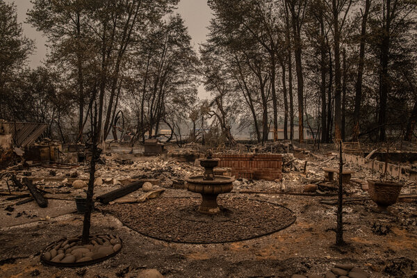 Entire neighborhoods burned in the town of Talent, Ore.