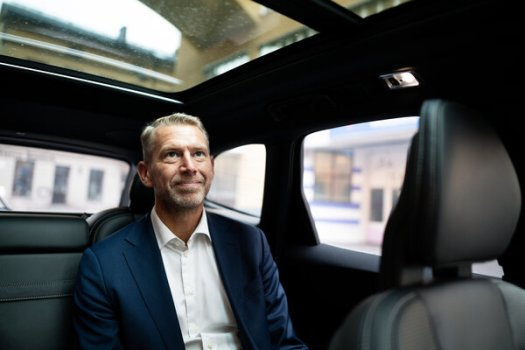 """Peter Carlsson, chief executive of Northvolt, a Swedish battery manufacturer. In the race to beat Tesla, he said, """"A number, not all, of the big carmakers are going to catch up."""""""