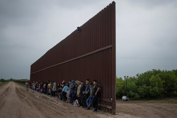 Migrants seeking asylum at the southwest border in Penitas, Texas, in 2019.Court documents filed this week showed that the deported parents of 545 migrant children who were taken from their families cannot be located.