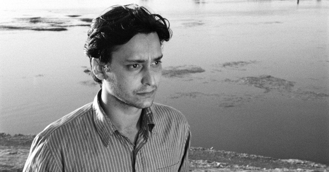 Soumitra Chatterjee, Globally Acclaimed Indian Film Star, Dies at 85