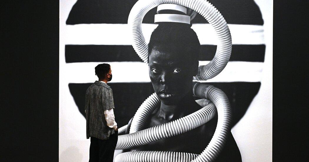 Zanele Muholi Walks In With the Ancestors