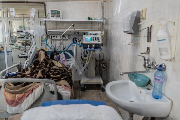 A patient is intubated in the intensive care unit of Haskovo Hospital in Haskovo, Bulgaria, this month.