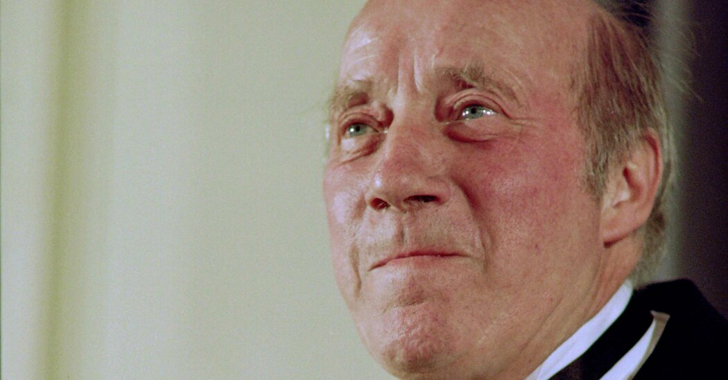 Michel Robin, Longtime French Character Actor, Dies at 90