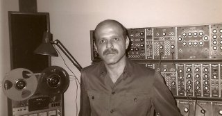 Noah Creshevsky, Composer of 'Hyperreal' Music, Dies at 75